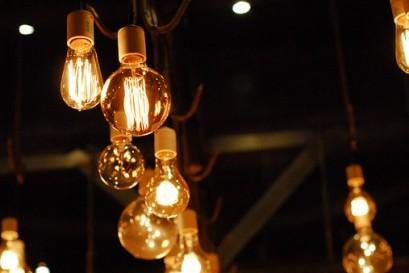 lights-1285111__340